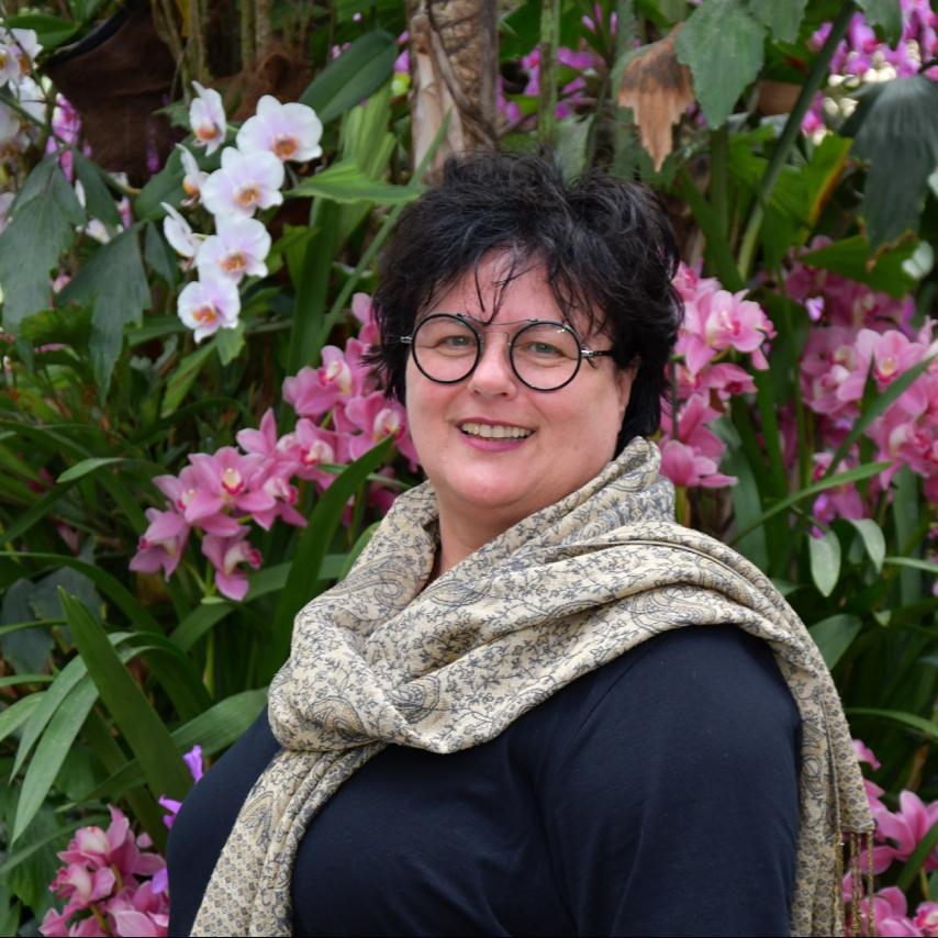 Sabine Neufang
