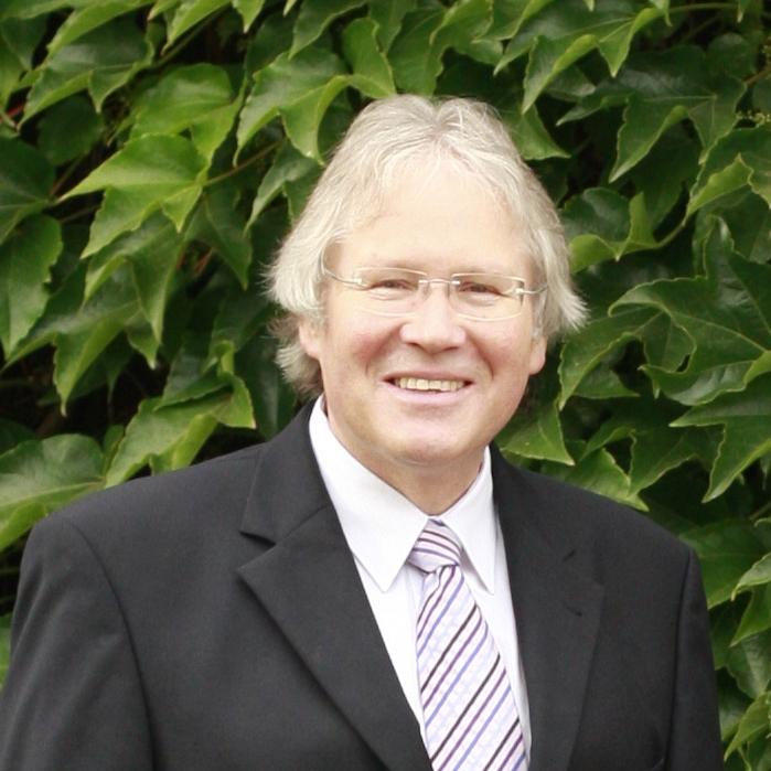 Dr. Stephan Heichele